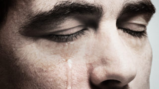 青汁王子(三崎優太)の最後のメッセージと涙声の理由!出版した本の宣伝も?