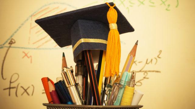 学歴マウントとは何?卒業大学を自慢話にする心理と周りの反応を調査8